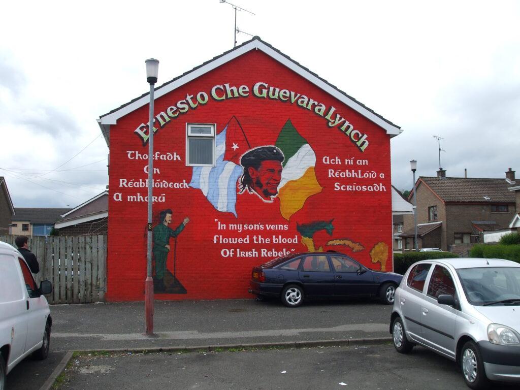 Che var af írskum ættum